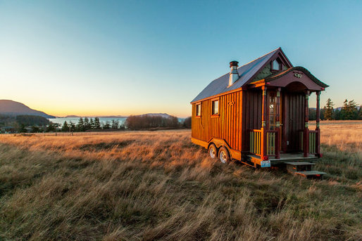 tiny-house-pretty